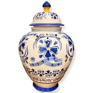 Vintage Blue White Jingdezhen Qianlong Temple Jar
